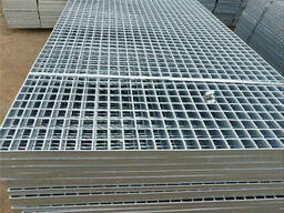Stair treads welded steel bar grating