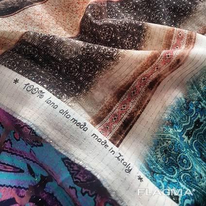 Ткани пряжа и одежда в Италии оптом